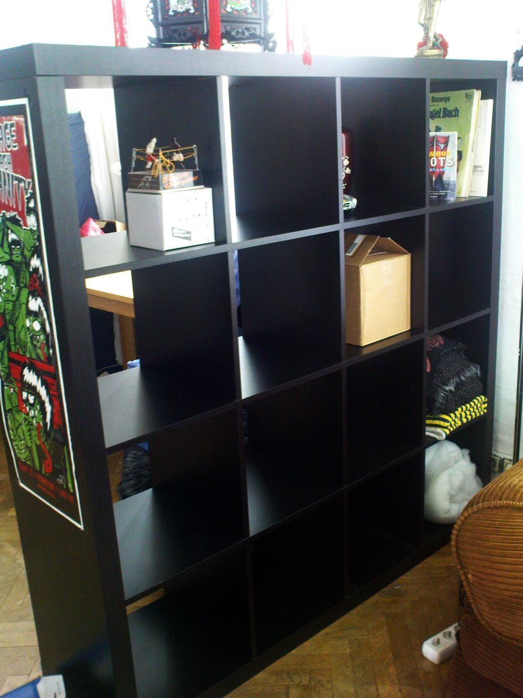 expedit regal ikea schwarz braun raumteiler