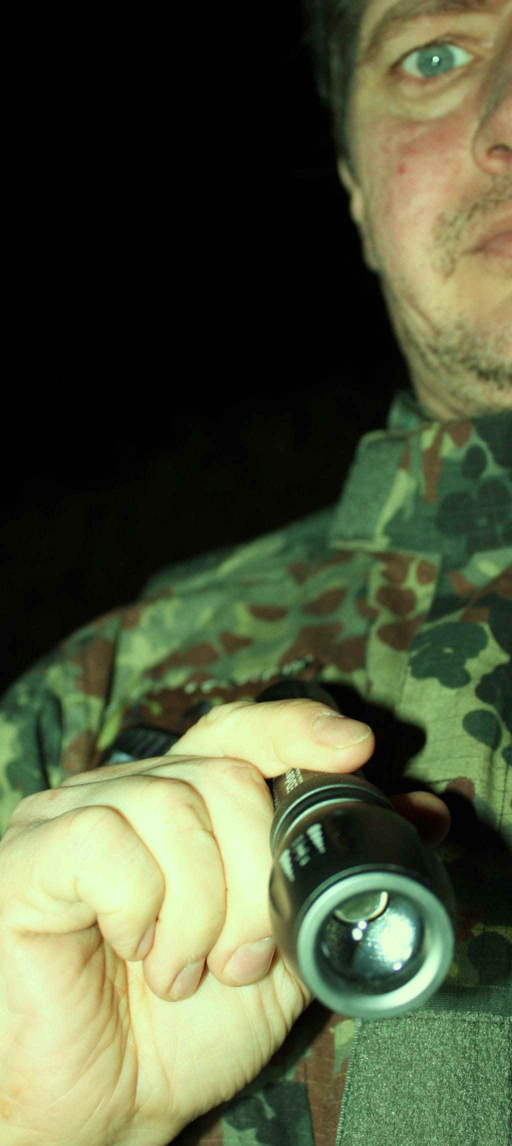Foto 3 Test Info LED DEVIL    I  P  X 7  Lampe  Hunter 250 LM