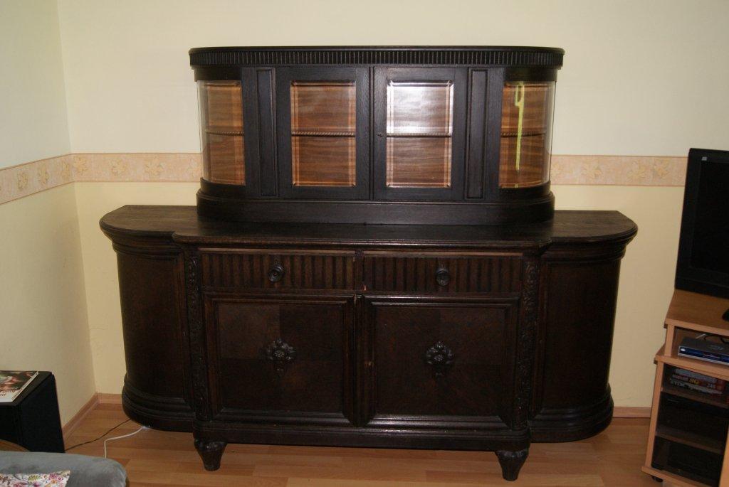 antike anrichte buffet schrank baujahr ca 1930. Black Bedroom Furniture Sets. Home Design Ideas