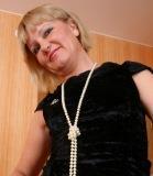Dominante Frau Sucht Ihn