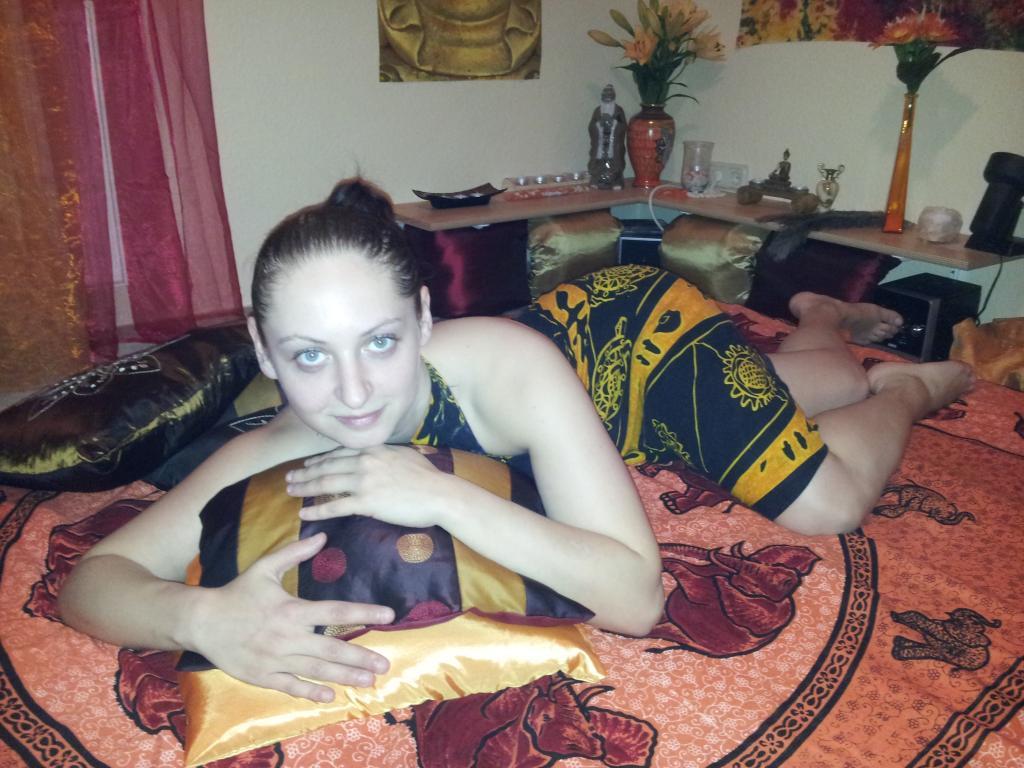 yoni tantra thai escort
