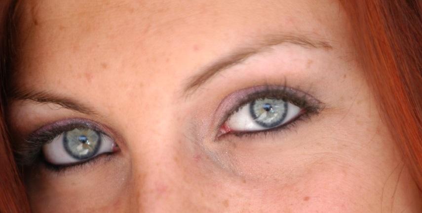 Grüne Augen Froschnatur, von der Liebe keine Spur!