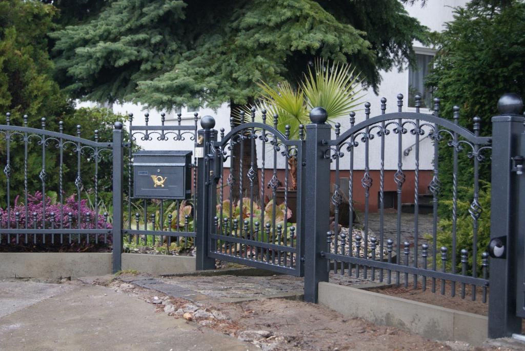 Sichtschutz Metall Zaun Doppelstabmatte Zaune Aus Polen