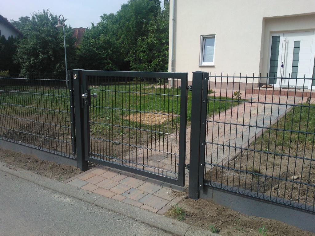 Zaun Aus Polen Doppelstabmatte Sichtschutz Schone Zaune Aus Polen