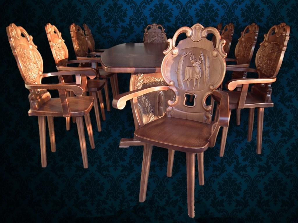 rustikale tische st hle b nke aus massivholz einzigartige holzm bel gartenm bel. Black Bedroom Furniture Sets. Home Design Ideas