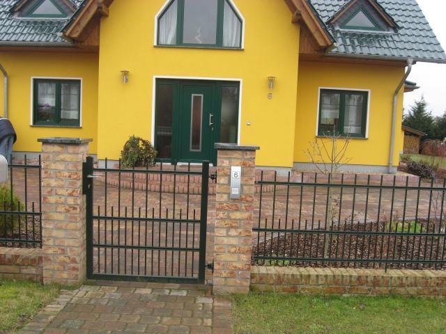Zaun aus Polen, Metallzaun,Tore Metalltreppen