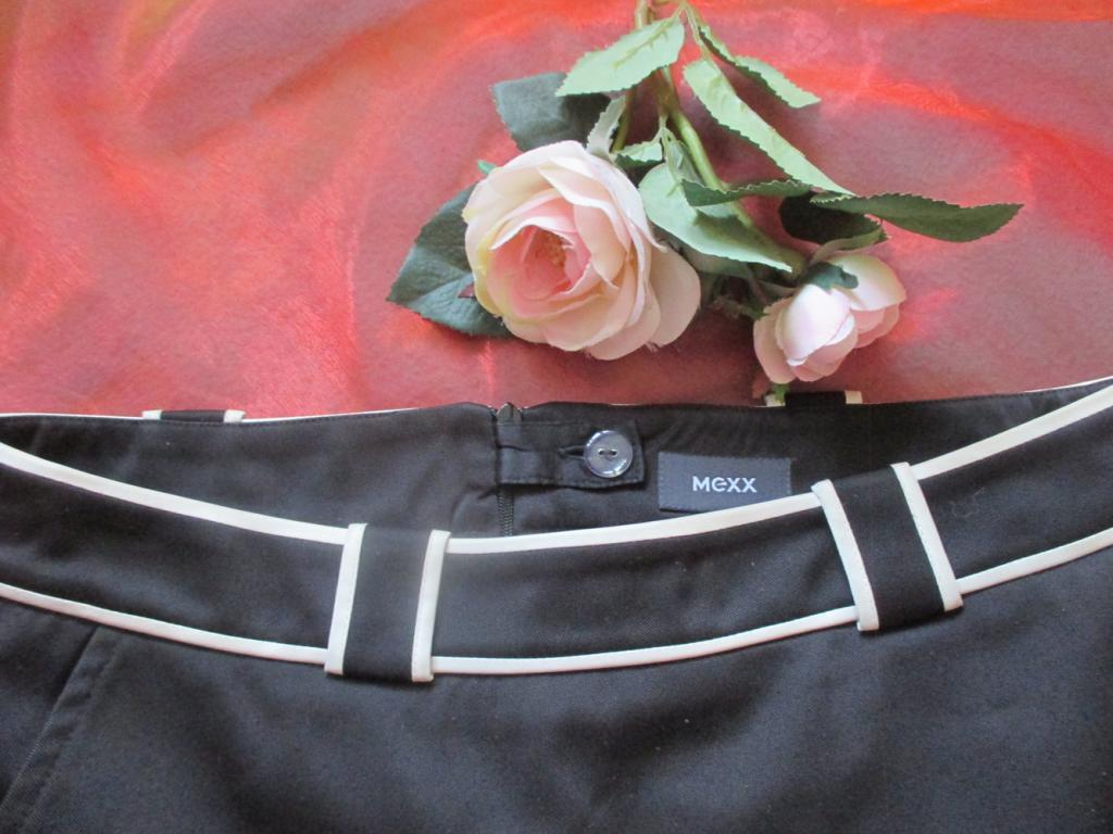 Foto 3 NEUw * High- Waist * A- Linie * Mini- Rock * mit Paspelierung ''MEXX'' Gr. 36- 38/ S * black and withe * schwarz- weiss Kontrast * Gothic *